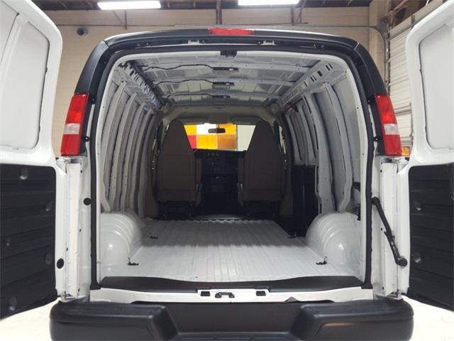 2020 Chevrolet Express 2500 4x2, Empty Cargo Van #47855 - photo 2