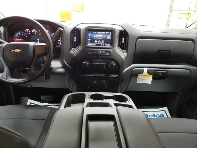 2020 Chevrolet Silverado 1500 Crew Cab 4x2, Pickup #47936 - photo 10