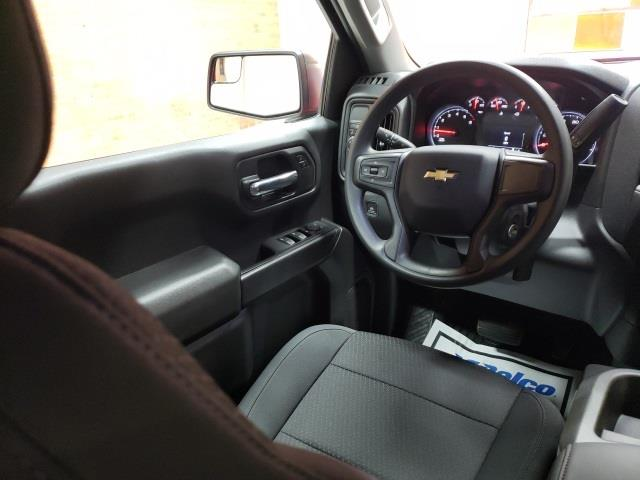 2020 Chevrolet Silverado 1500 Crew Cab 4x2, Pickup #47936 - photo 9