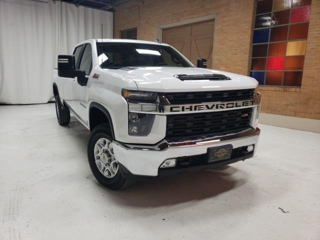 2021 Chevrolet Silverado 3500 Crew Cab 4x4, Pickup #48192 - photo 3