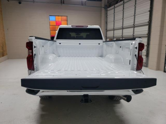 2021 Chevrolet Silverado 3500 Crew Cab 4x4, Pickup #48192 - photo 19