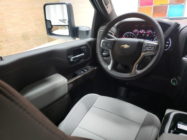2021 Chevrolet Silverado 3500 Crew Cab 4x4, Pickup #48192 - photo 9