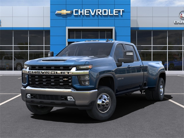 2021 Chevrolet Silverado 3500 Crew Cab 4x4, Pickup #48193 - photo 6