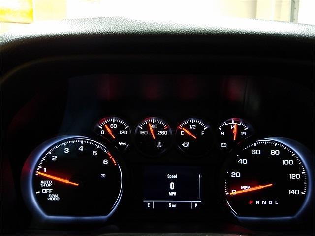 2021 Chevrolet Silverado 1500 Crew Cab 4x2, Pickup #48464 - photo 15