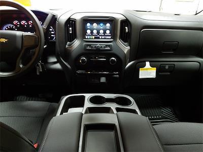 2021 Chevrolet Silverado 1500 Crew Cab 4x2, Pickup #48464 - photo 10