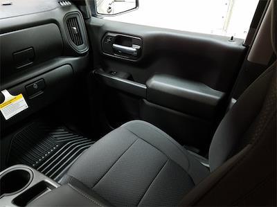 2021 Chevrolet Silverado 1500 Crew Cab 4x2, Pickup #48464 - photo 11