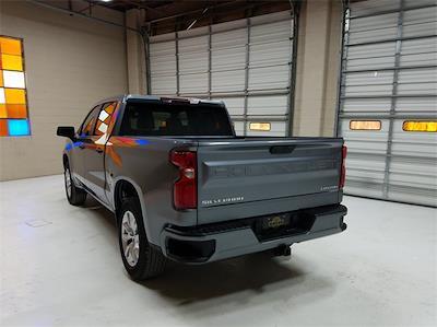 2021 Chevrolet Silverado 1500 Crew Cab 4x2, Pickup #48464 - photo 2