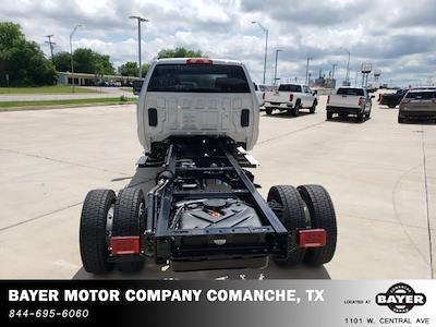 2021 Chevrolet Silverado 5500 Crew Cab DRW 4x4, Cab Chassis #48498 - photo 19
