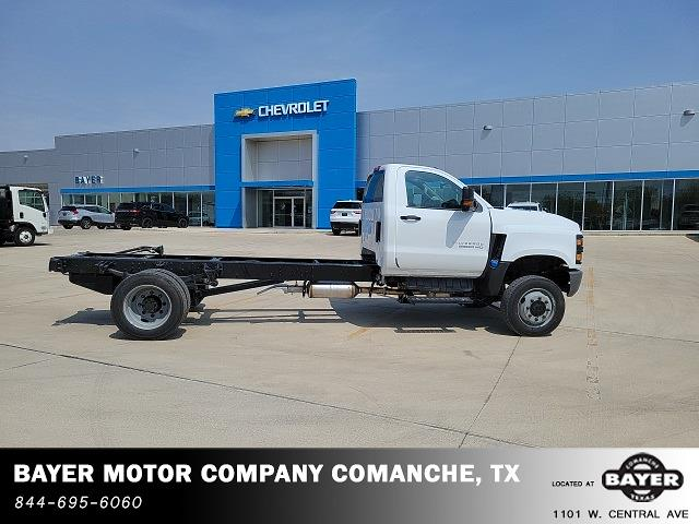 2021 Chevrolet Silverado 6500 Regular Cab DRW 4x4, Cab Chassis #48755 - photo 8