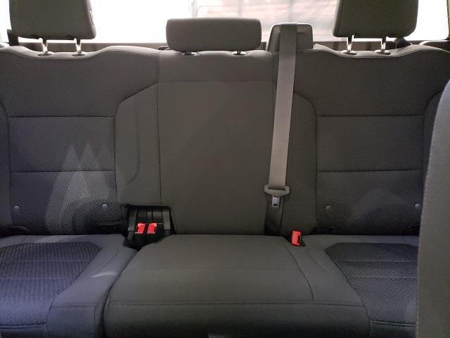 2021 Chevrolet Silverado 1500 Double Cab 4x2, Pickup #48781 - photo 13