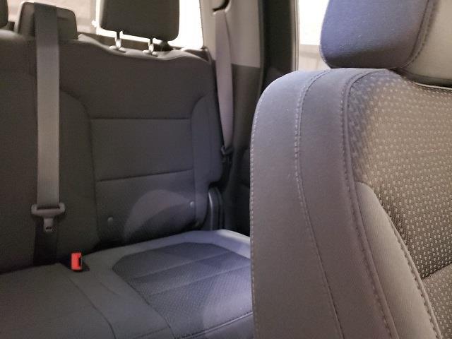 2021 Chevrolet Silverado 1500 Double Cab 4x2, Pickup #48781 - photo 14
