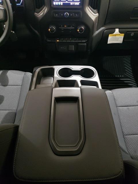 2021 Chevrolet Silverado 1500 Crew Cab 4x4, Pickup #48867 - photo 17