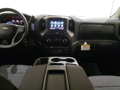 2021 Chevrolet Silverado 1500 Crew Cab 4x4, Pickup #48867 - photo 10