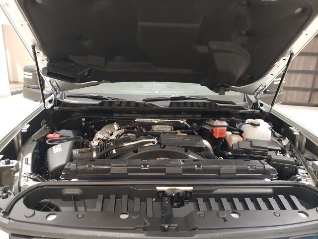 2021 Chevrolet Silverado 2500 Crew Cab 4x4, Pickup #48908 - photo 20