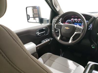 2021 Chevrolet Silverado 2500 Crew Cab 4x4, Pickup #48908 - photo 9