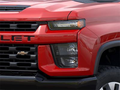 2021 Chevrolet Silverado 2500 Crew Cab 4x4, Pickup #48958 - photo 8