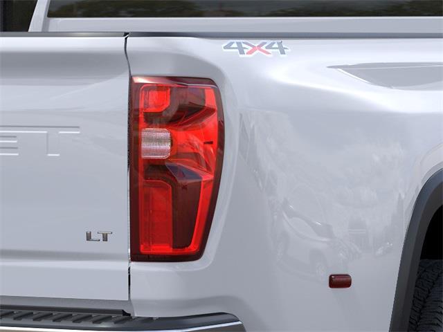 2021 Chevrolet Silverado 3500 Crew Cab 4x4, Pickup #48982 - photo 9