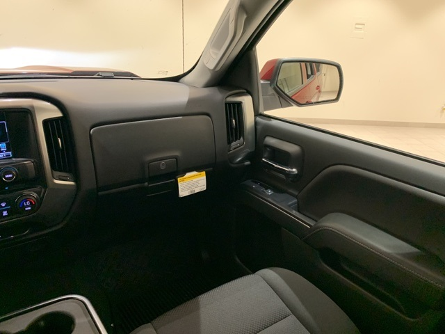 2018 Silverado 1500 Crew Cab 4x2,  Pickup #B1063 - photo 11