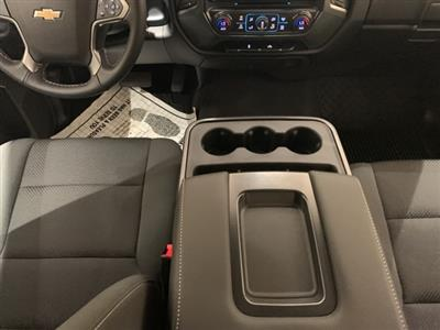 2018 Silverado 1500 Crew Cab 4x2,  Pickup #B1063 - photo 17