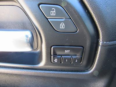 2020 Chevrolet Silverado 1500 Crew Cab 4x4, Pickup #B1573 - photo 18