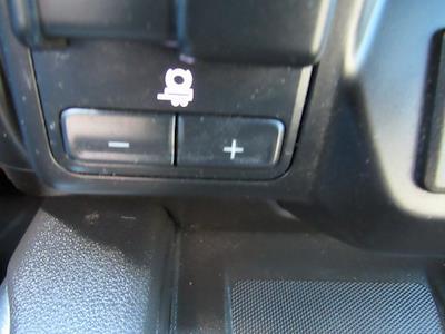 2020 Chevrolet Silverado 1500 Crew Cab 4x4, Pickup #B1573 - photo 23