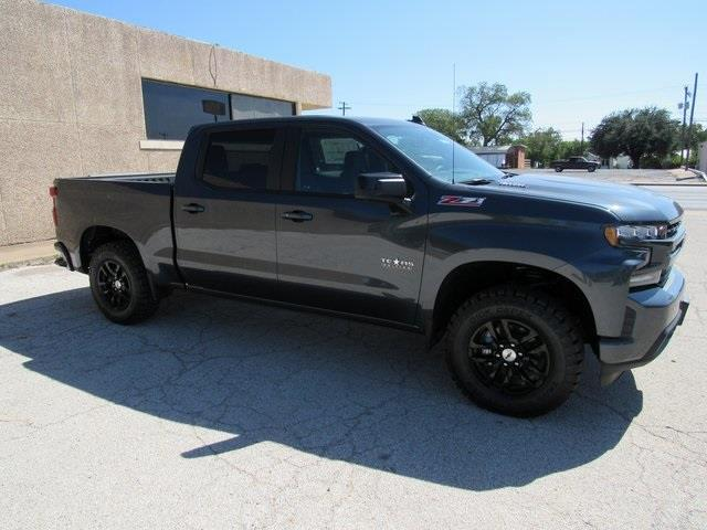 2020 Chevrolet Silverado 1500 Crew Cab 4x4, Pickup #B1574 - photo 3
