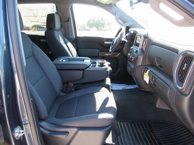 2020 Chevrolet Silverado 1500 Crew Cab 4x4, Pickup #B1574 - photo 11