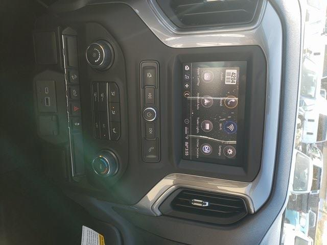 2021 Chevrolet Silverado 1500 Crew Cab 4x4, Pickup #B1733 - photo 17