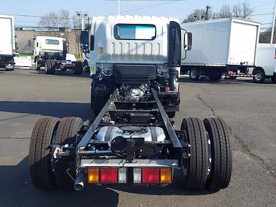 2021 Chevrolet Low Cab Forward 4x2, Cab Chassis #201250 - photo 2