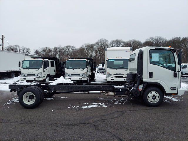 2020 Chevrolet Low Cab Forward 4x2, Cab Chassis #208948 - photo 5