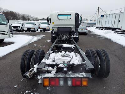 2020 Chevrolet Low Cab Forward 4x2, Cab Chassis #208948 - photo 11