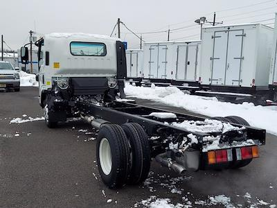 2020 Chevrolet Low Cab Forward 4x2, Cab Chassis #208948 - photo 4