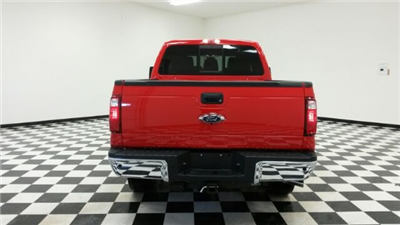 2016 F-250 Crew Cab 4x4, Pickup #F17696 - photo 6