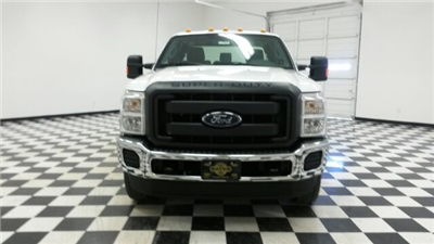 2016 F-350 Super Cab DRW 4x4, Pickup #F17991 - photo 4