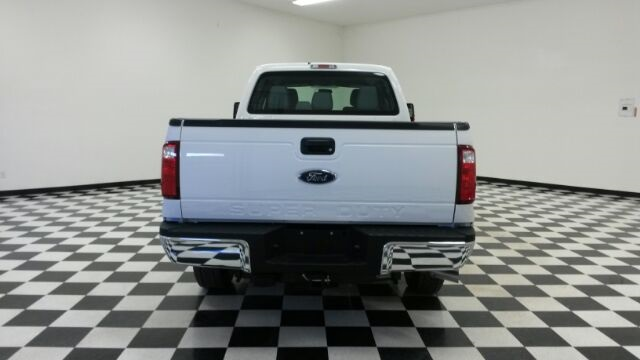 2016 F-250 Crew Cab 4x4, Pickup #F18137 - photo 6