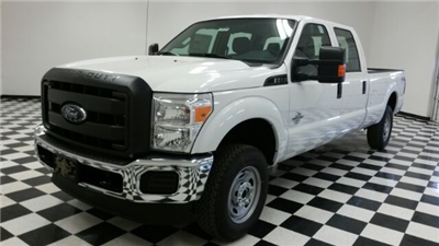 2016 F-250 Crew Cab 4x4, Pickup #F18137 - photo 1