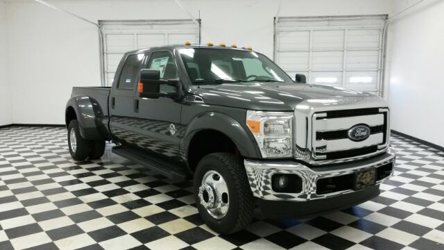 2016 F-350 Crew Cab DRW 4x4, Pickup #F18197 - photo 3