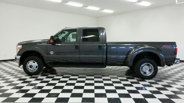 2016 F-350 Crew Cab DRW 4x4, Pickup #F18197 - photo 5