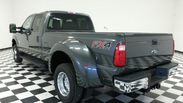 2016 F-350 Crew Cab DRW 4x4, Pickup #F18197 - photo 2