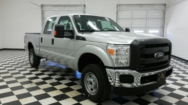 2016 F-250 Crew Cab 4x4, Pickup #F18199 - photo 3