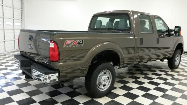 2016 F-250 Crew Cab 4x4 Pickup #F18204 - photo 7