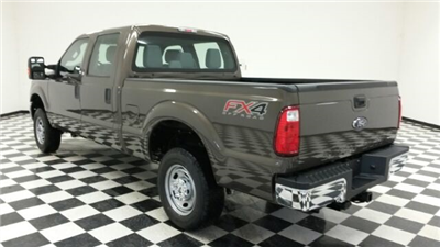 2016 F-250 Crew Cab 4x4 Pickup #F18204 - photo 2