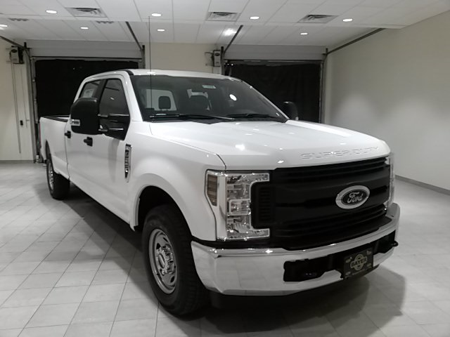 2018 F-250 Crew Cab 4x2,  Pickup #F20068 - photo 3