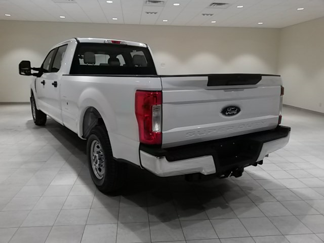 2018 F-250 Crew Cab 4x2,  Pickup #F20068 - photo 2