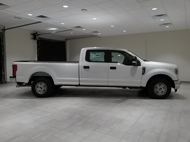 2018 F-250 Crew Cab 4x2,  Pickup #F20068 - photo 8