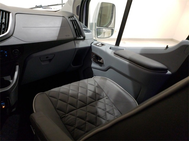 2018 Transit 250 Med Roof 4x2,  Passenger Wagon #F20716 - photo 11