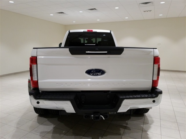 2018 F-350 Crew Cab DRW 4x4,  Pickup #F20818 - photo 7