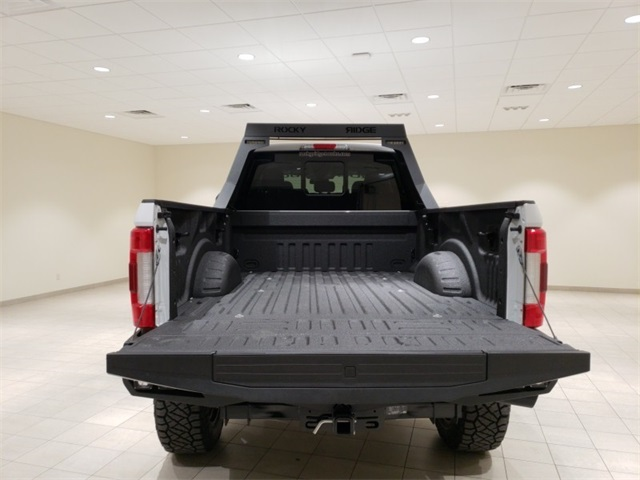 2018 F-250 Crew Cab 4x4,  Pickup #F20956 - photo 19