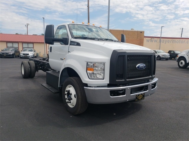 2019 F-650 Regular Cab DRW 4x2,  Cab Chassis #F21177 - photo 3
