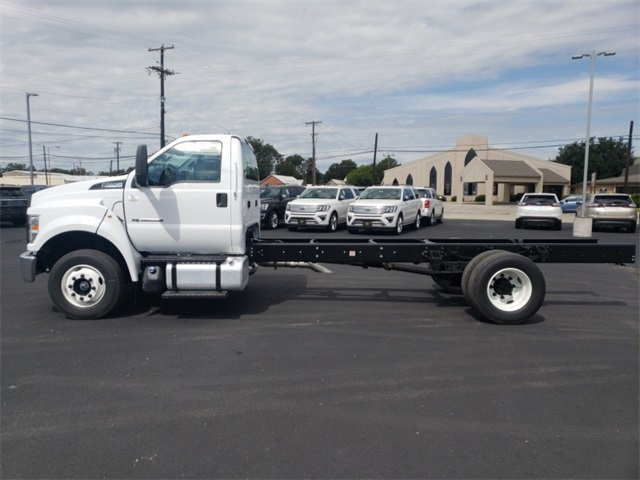 2019 F-650 Regular Cab DRW 4x2,  Cab Chassis #F21177 - photo 5